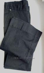 Стильные расклешенные джинсы dkny