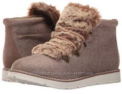 ботинки Skechers BOBS Women&acutes Bobs Alpine-City Creek Boot