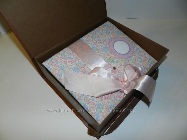 Фотоальбом для новорожденной девочки скрапбукинг