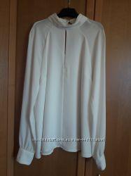 Блуза с вырезом Forever 21, р. S