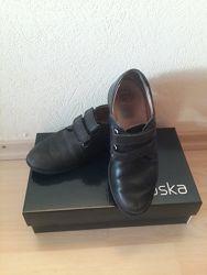 Туфли р. 35 для мальчика Braska натуральная кожа черные