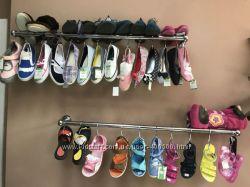 Продам детскую одежду и обувь сток оптом