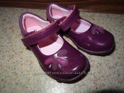 Туфли с мигалками Clarks 14. 5 см стелька