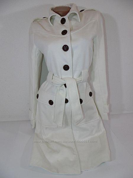 Шикарнейшее белое кашемировое пальто