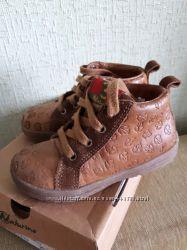 Деми ботиночки Naturino р. 25 стелька 16 см