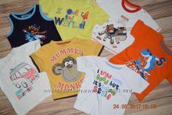 Яркие футболочки 9-12 месяцев