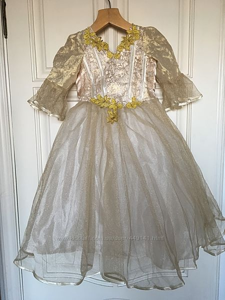 Нарядное платье на праздник, выпуск на 4 -7 лет