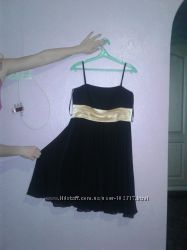 Красивое платье 40р. М-L  возможен обмен