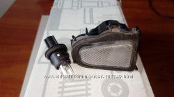 Плафон бокового освещения во внешнем зеркале Mercedes A2038200259