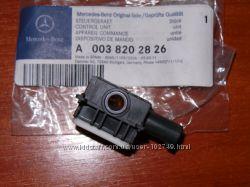 Датчик удара Airbag Mercedes A0038202826