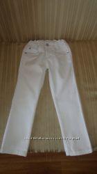 Летние джинсики CHEROKEEр 4-5, MOTHERCARE 5-6.