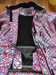 Лыжная куртка в идеальном состоянии