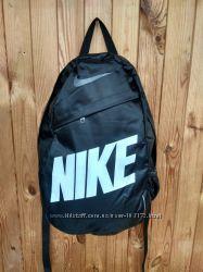 Стильный городской спортивный рюкзак NIKE, цвет черный с белой надписью