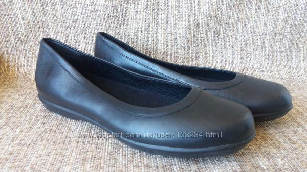 туфли-балетки Crocs Grace Flat. натуральная кожа. р. 8, 5