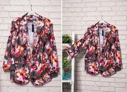 пиджак с цветочный принтом -60р -коттон