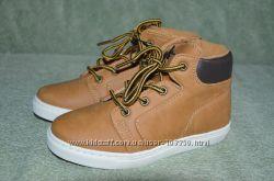 Демисезонные ботинкикеды фирмы Matalan размер 29