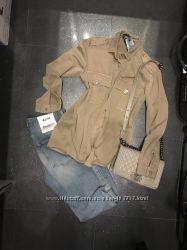 Шикарная Новая рубашка Италия -Пуговки камни все переливаются