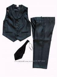 Костюм для маленьких джентльменов - жилет, брюки, галстук  98р
