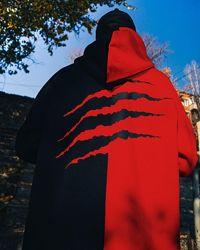Теплое худи унисекс черно-красный