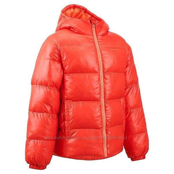 Новая куртка quechua на 5-6 лет