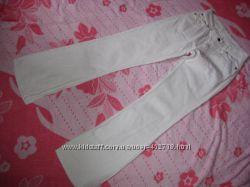 Штаны джинсы фирменные   Levi&acutes Оригинал размер M- LВ идеальном состоянии