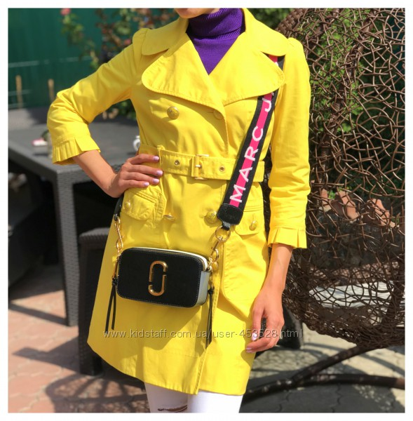 Яркий желтый плащ тренч Juicy Couture