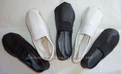 Чешки белые и чёрные, качественный кожзам, размеры с 14 по 24