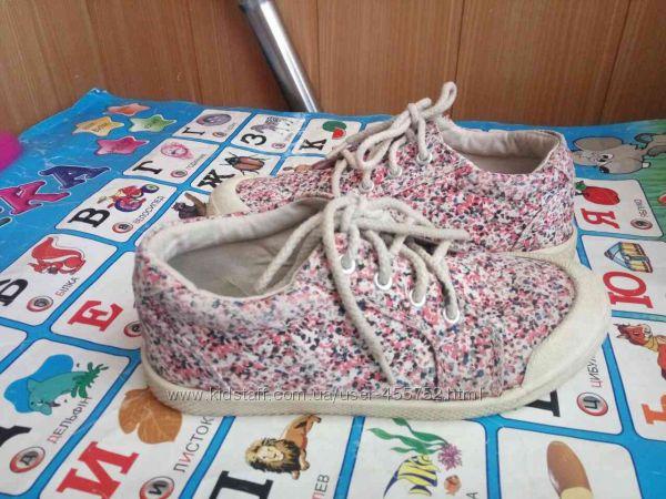 Elefanten   Zara бу обувь в отличном состоянии р. 27-32