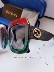 SALE - Топ модель Gucci 0102S - линза polarized- бархатный комплект