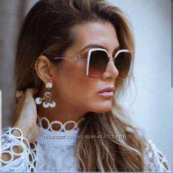 NEW - брендовые очки Fendi - с линзой polarized. Фирменный комплект