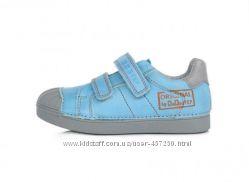 Кожаные спортивные туфли, кроссовки, бутсы, кеды. р 25-30 D. D step 043-509