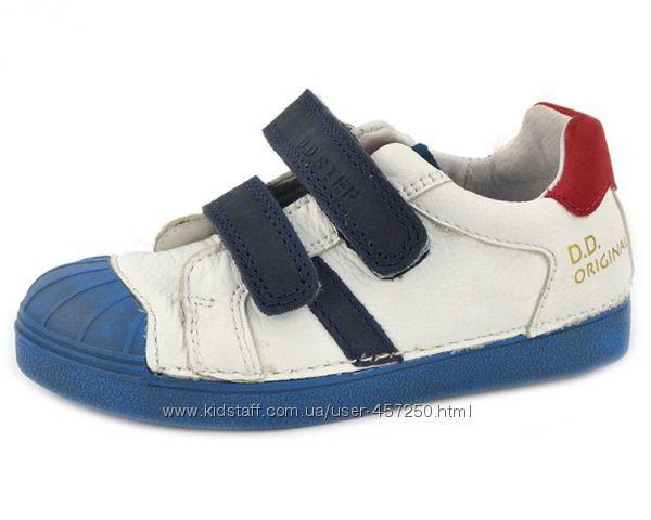 Спортивные туфли, кеды, кроссовки, бутсы D. D. Step. р. 25-35. Кожа.