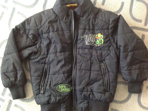 Демисезонная куртка бомбер KIABI на мальчика 5-6 лет