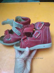 Ортопедические босоножки сандали, носили в садике