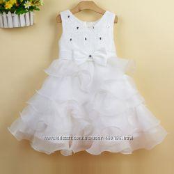 Детское нарядное платье камни