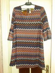 Стильное  новое платье AMISU