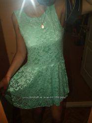 МЯтное гипюровое платье Asos