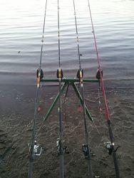 Рыбацкая тренога фидерная подарок рыбаку
