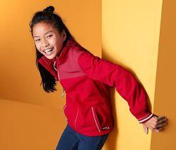Яркая влаго- и ветрозащитная  и куртка с пропиткой ecorepel