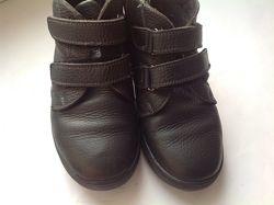 деми ботинки р32 бу