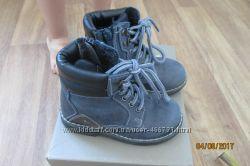 Ботинки Bata 24р 15. 5см