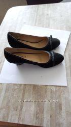 Туфли замшевые натуральный замш в идеальном состоянии