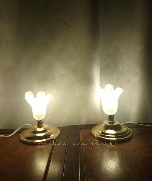 Пара светильников, ночников . LED лампочки в комплекте.