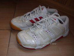 Новые кроссовки Adidas оригинал - 38р.