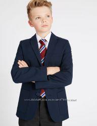 Школьные брюки и пиджаки на мальчиков, черные и синие Marks&Spencer.