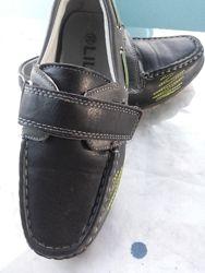 Туфли на мальчинка по стельке 18.5 см. Размер 32. Маломерят