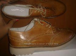 стильні рижі туфлі шкіра р40 Annalisa нові Італія