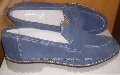 стильні сині туфлі замша р40 Annalisa нові Італія