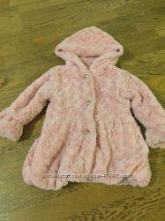 Пальто в мелкую розочку