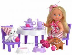 Кукольный набор Эви Вечеринка для домашних любимцев Simba 5732831